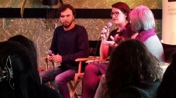 Une conférence animée par la marraine de l'événement, Micheline Lanctôt, a permis aux étudiants de poser des questions aux cinéastes Anne Émond et Sébastien Pilote. Photo: Étienne Bonenfant.