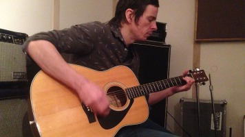 Le chanteur David Bussières croit en l'avenir de la musique au Québec.
