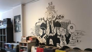 La Table Tournante est un magasin de disques indépendant situé dans le Vieux-Terrebonne.
