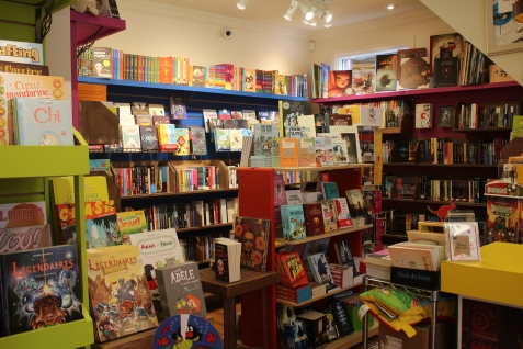Les locaux de la librairie Bric-à-Brac sont plus petits que ceux des succursales, mais ils offrent une diversité dont leur libraire est fière.