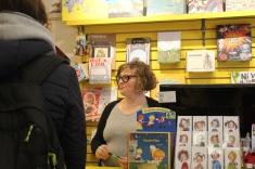 La libraire Catherine Chiasson entretient un lien précieux avec ses clients.