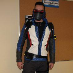 Frédérick Paradis, déguisé en soldat 76, de Overwatch.