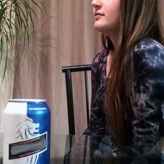 Dans la région de Lanaudière, environ 24% de la population ont une consommation abusive. Cette consommation excessive touche Marie Gauthier, qui boit surtout de la bière. Photos: Laurie Fournier.