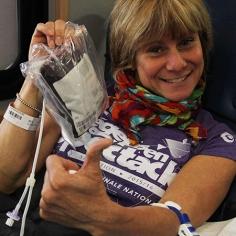 Manon Fleury fière après avoir donné du sang. (Photo: Anne-Sophie Payant)