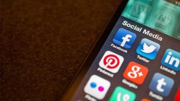 Les réseaux sociaux servent aujourd'hui d'outils pour les personnalités publiques et les entreprises. Photo : image libre de droit.