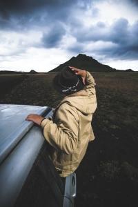 L'Islande, c'est aussi faire confiance à une carte routière, sans trop savoir si on est sur le bon numéro de route, en espérant croiser une station d'essence bientôt.