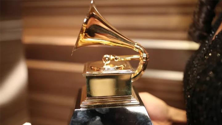 Grammy 10 février-Clancy