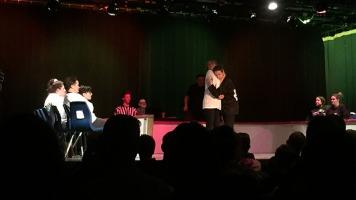 Des professionnels de la LNI, l'équipe du Théâtre Côte à Côte ainsi que certains de ses élèves, se sont affrontés dans un tournoi d'improvisation le 23 mars 2019. Photos: Mégane Garceau.